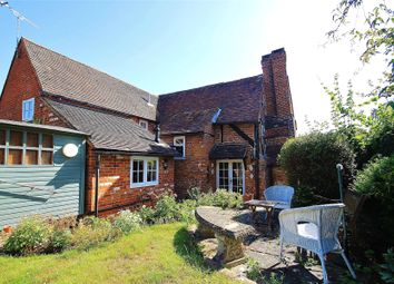 The Street, West Clandon, Guildford GU4. 2 bed semi-detached house