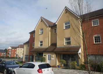 2 bed flat to rent in Old Park Avenue, Pinhoe, Exeter EX1