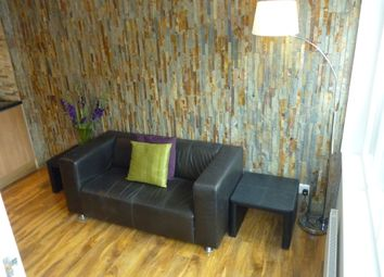 Thumbnail 2 bed flat to rent in Pershore Road, Selly Park, Birmingham, West Midlands