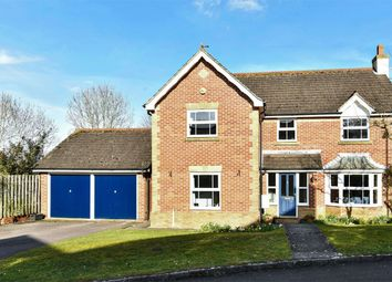 Thumbnail 4 bed detached house for sale in Lingfield Close, Alton