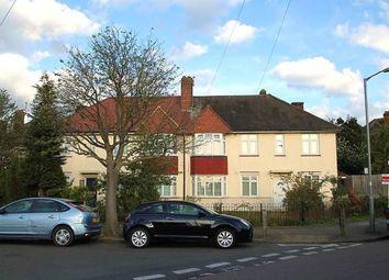 Thumbnail 3 bedroom flat to rent in Fieldview Road, Earlsfield