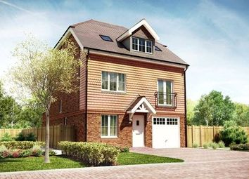 Thumbnail 4 bed detached house for sale in Bagshot Road, Knaphill, Woking GU212Rn
