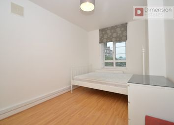 Thumbnail 4 bed flat to rent in Brooke Road, London