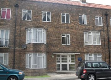 Thumbnail 3 bed flat to rent in Malden Road, North Cheam, Sutton