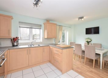 3 bed town house for sale in Charlton Drive, Petersfield, Hampshire GU31