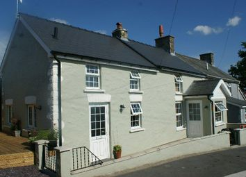 Thumbnail 2 bed cottage for sale in Panteg Cross, Llandysul