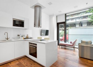 Thumbnail 1 bedroom flat to rent in Roman House, London