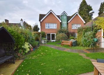 2 bed flat for sale in Meadrow, Godalming GU7