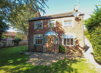 Thumbnail 4 bed detached house for sale in Baskerville Road, Sonning Common