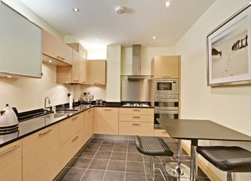 Thumbnail 2 bed flat for sale in Cockfosters Road, Hadley Wood