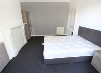 Thumbnail 3 bed shared accommodation to rent in Grosvenor Road, Aldershot