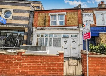 Thumbnail 5 bed flat for sale in Merton Road, London