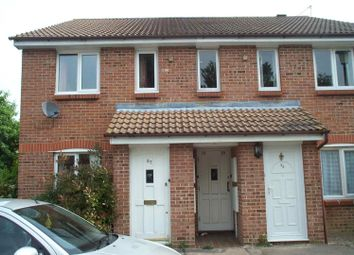 Thumbnail 1 bed flat to rent in Glenview Close, Crawley
