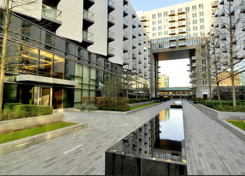 Thumbnail 1 bedroom flat for sale in Baltimore Wharf, London, Canary Wharf