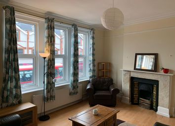 Thumbnail 3 bed flat to rent in 3 Bedroom Flat In Tooting, London Road