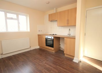 Thumbnail Studio to rent in Charles Grinling Walk, Woolwich