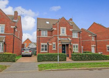 Thumbnail 5 bed detached house for sale in Murray Way, Wickford