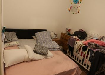 Thumbnail 2 bed flat to rent in Gordon Road, Carshalton Beeches