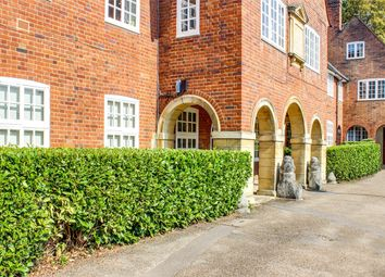 Thumbnail 2 bed flat for sale in Rookfield Close, Muswell Hill, London