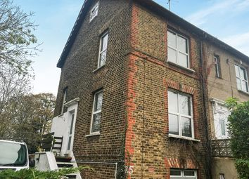 Thumbnail 2 bed flat to rent in Stanley Road, Bromley