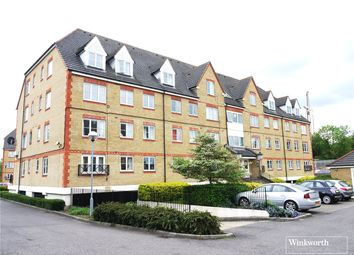 Thumbnail 2 bed flat to rent in Pembroke House, Station Road, Borehamwood, Hertfordshire