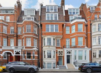 Thumbnail 6 bed town house to rent in Cheyne Place, Chelsea