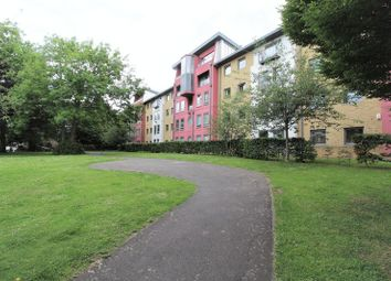 Thumbnail 2 bed flat for sale in Crown Close, Wood Green