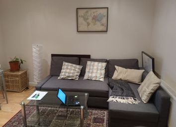 Thumbnail 2 bed flat to rent in Grays Inn Road, London