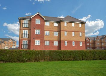 Thumbnail 2 bedroom flat for sale in Twickenham Close, Swindon
