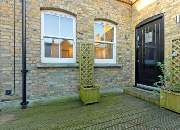 Thumbnail 1 bed flat to rent in Southcott Mews, (Off Allitsen Road)