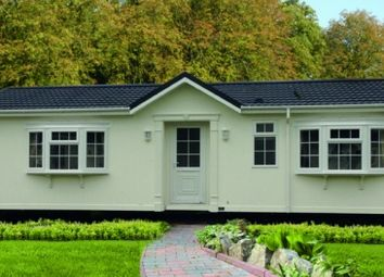Thumbnail 2 bed mobile/park home for sale in Stour Park, New Road, Bournemouth