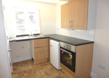 Thumbnail 1 bed flat to rent in Bucknalls Close, Watford