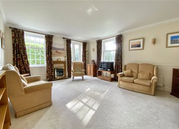Thumbnail 2 bedroom flat for sale in Wilton Court, Crossways, Beaconsfield