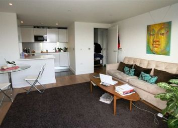 Thumbnail 1 bed flat to rent in Angel Waterside, Islington, London
