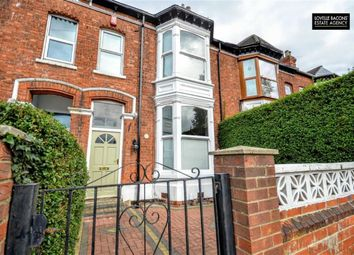 Thumbnail 3 bed property for sale in Abbey Drive East, Grimsby
