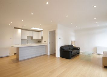 Thumbnail 2 bed flat to rent in Salisbury Avenue, London