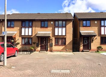 Thumbnail 3 bed town house for sale in 17 New Wellington Gardens, Mill Hill, Blackburn