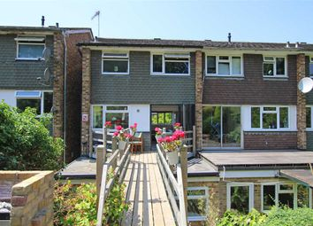 Thumbnail 4 bed detached house to rent in Kelvedon Close, Kingston Upon Thames