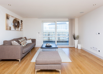 Thumbnail 2 bedroom flat to rent in Park Street, Fulham