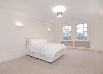 Thumbnail 6 bed flat to rent in Park Road, London