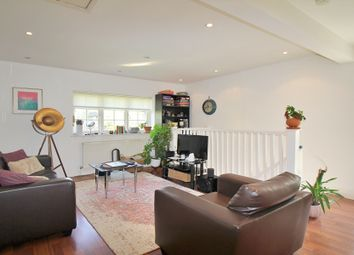 2 bed maisonette to rent in Neale Close, East Finchley, London N2