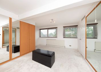 4 bed property to rent in Kenley Road, London SW19