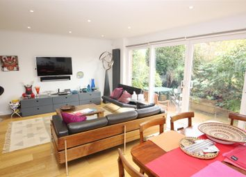 Thumbnail 4 bed property to rent in Walnut Close, Brighton