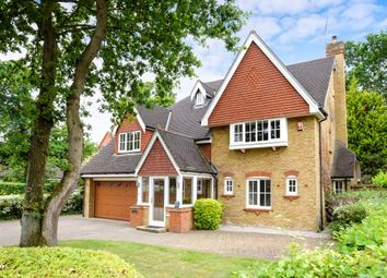 Thumbnail 5 bed property to rent in Redwing Gardens, West Byfleet
