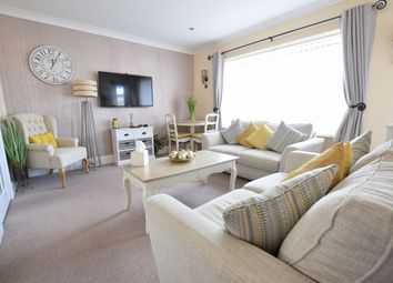 2 bed flat for sale in Clifton Drive, Blackpool FY4