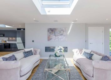 Thumbnail 2 bed flat for sale in Abbey Road, South Hampstead