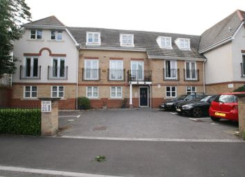 St. Johns Road, Boscombe, Bournemouth BH5. 2 bed flat