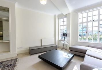 Thumbnail 2 bed flat to rent in Strathmore Court, Park Road, London