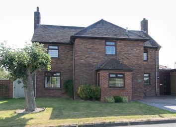 Thumbnail 4 bed link-detached house for sale in Little Roodee, Hawarden, Deeside