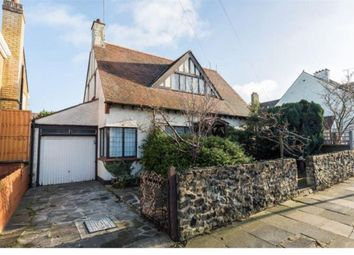 Thumbnail 2 bed property to rent in Southview Drive, Westcliff-On-Sea